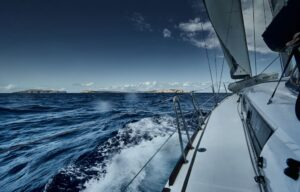 Sailing In A Bad Weather? Here's What To Do.